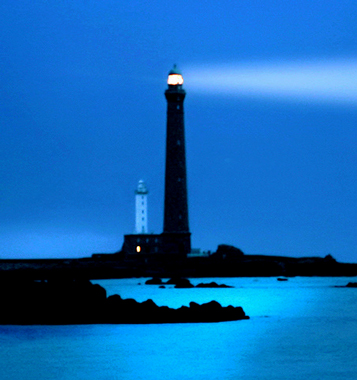 [Article image] [Flash Note] [CSC PSC] Lighthouse